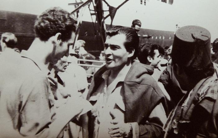 """Alger, été 1953. JP Saïd interroge le metteur en scène Mustapha Kateb pour """"Alger Républicain""""."""