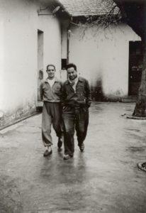 Camp d'internement de Lodi, 1957. Henri Zannettacci et Isaac Nahori.