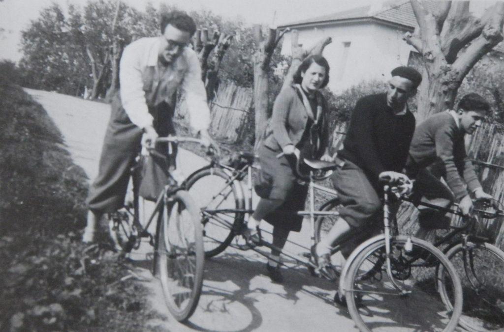 Alger, vers 1936. Lucien Hanoun et des parents.